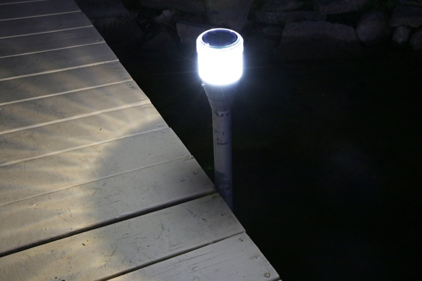 Round Solar Dock Post Lights For Pipe Supported Docks