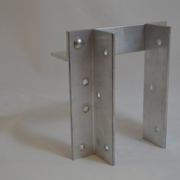 Aluminum Vertical Bumper Brackets For 4x4 Wood Post Bumpers