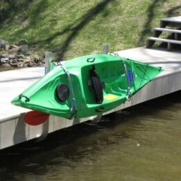 Single dock mounted kayak rack